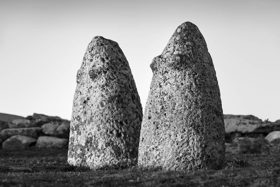 Menhir, Betili femminili, Macomer, loc.Tumuli, Sardegna by Tonino Mosconi Fotografo, fineart photography, editoria, pubblicazioni, servizi fotografici turismo